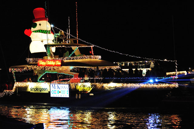 work Image - 2019 Newport Beach Boat Parade Website - Company Christmas Event And